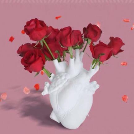 让爱意永远盛开的心动花瓶 | 白色、金色限量款可选