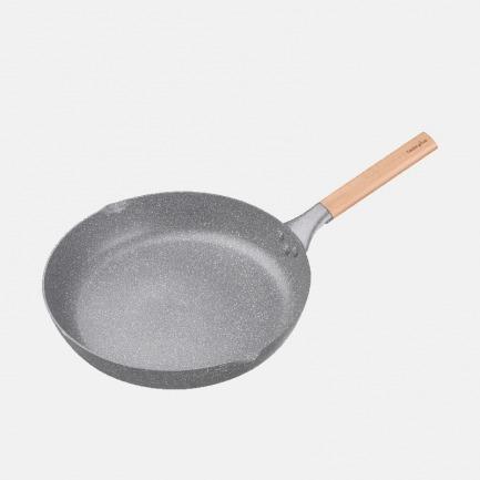 轻巧麦饭石平底煎锅 3.5L | 坚硬耐磨传热快 安全不粘底