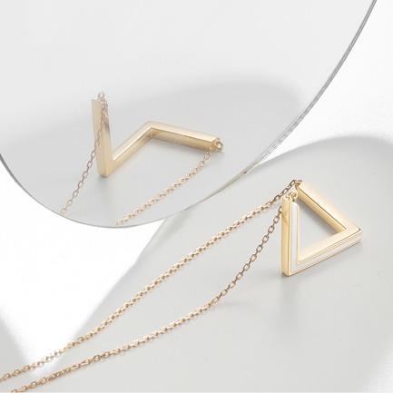 彭罗斯三角白珐琅长项链   18k金 极简低领锁骨吊坠