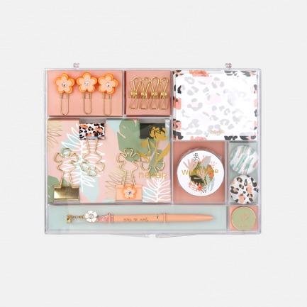 豹纹花系列文具套装   品类丰富,少女感礼盒包装
