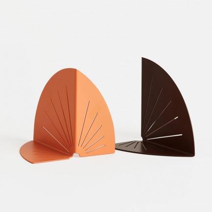 橙棕雀跃书挡 | 柔美和谐,如孔雀开屏