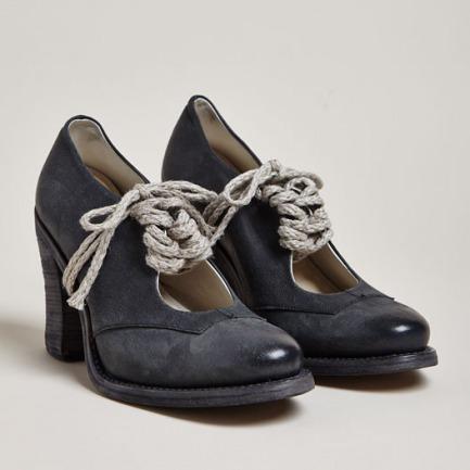 Cherevichkiotvichki Women's Open Vamp Camel Leather Heels | LN-CC