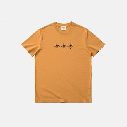 印花滑冰人-短袖T恤   尽情逍遥,消磨大脑多余想法
