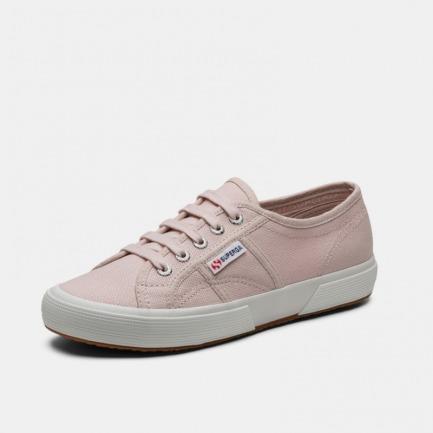 经典女款帆布鞋 | 小白鞋流行的时尚鼻祖 连续销售100年