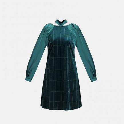 极光绿条纹丝绒泡泡袖睡裙   冬日的居家礼服