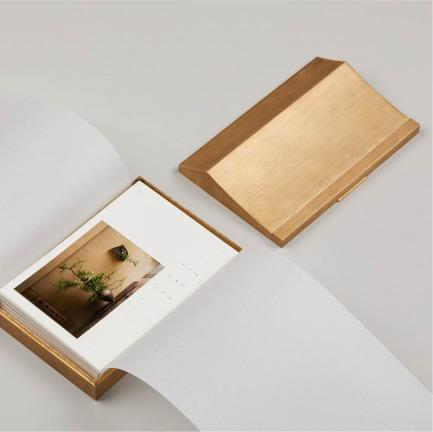 花与茶主题雅致日历 | 插花名师每日一花的灵感