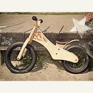 木质儿童车