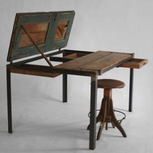 书桌 by MANOTECA工作室