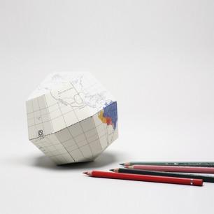 白色折纸地球仪 | 荣获2012红点设计大奖