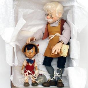 R. John Wright Disney Pinocchio Geppetto Marionette