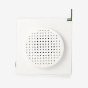 白色USB充电收音机
