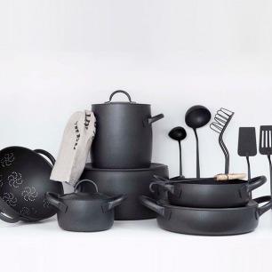 6 Elegant Cookware Lines, Italian Edition