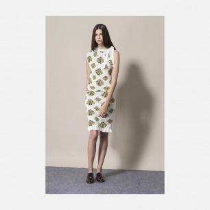 白底黄贝壳提花针织连衣裙 | 优雅而又简洁的设计