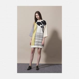 白底阔袖黄边抽象图案连身裙 | 优雅而又简洁的设计