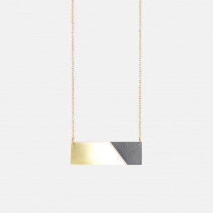 横条长方形双材质拼色项链 黑色   俏皮的后现代主义风格