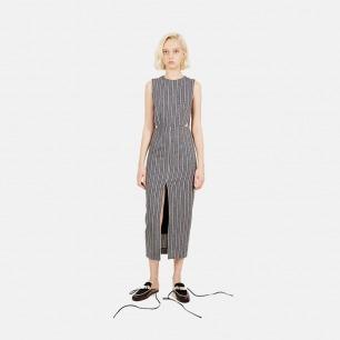 腰部镂空开衩连衣裙