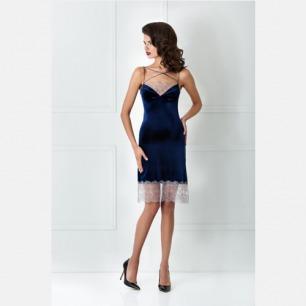 优美雅致 天鹅绒吊带睡裙 | 强调腰部的线条 合理剪裁