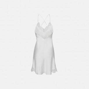 巴黎限定款 蕾丝吊带睡裙 | 清新中淡淡的妩媚