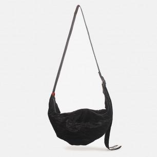 简约通勤黑色挎包/饺子包 | 时尚进口布料打造 随身轻便