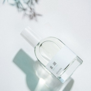 晨湖-瓦尔登湖的安宁   中国首个调香设计师品牌