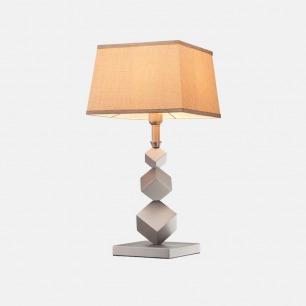 Stern 触摸装饰台灯 | 柔和暖光 温暖欢聚时光