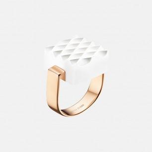 白色华夫曲纹戒指 | 造型精致 银镀玫瑰金