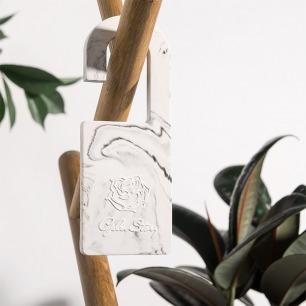 大理石纹石膏香氛挂钩片 | 手工玫瑰雕花 2种香型