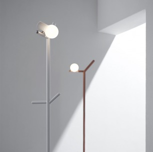 Myna 创意落地灯 / 衣架 | 形如树梢与小鸟 触摸调光