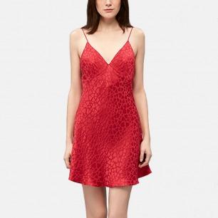 红心提花款真丝吊带睡裙 | 丝滑触感 优雅红色提花面料