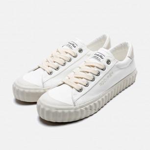 复古简约小白鞋 隐形增高 | 轻巧舒适 3cm微增高
