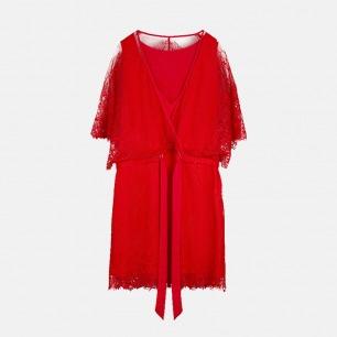 女蕾丝蝙蝠袖裙 | 优雅蕾丝 时尚V领