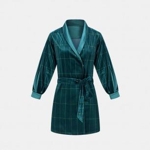 极光绿条纹丝绒拼色丁睡袍 | 丝绒睡袍开始优雅过冬季
