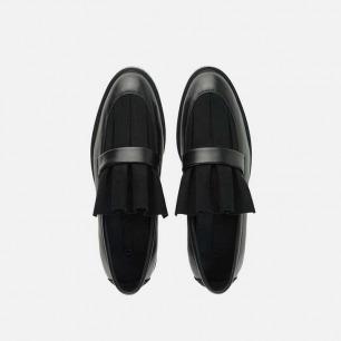 褶皱感通勤乐福鞋   层次感设计 突显腿型