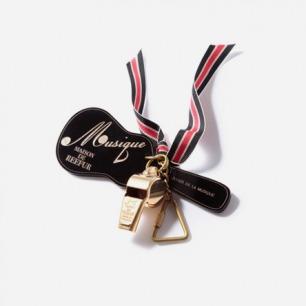 MASION DE REEFUR 金哨子吉他钥匙圈