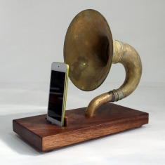 The Horn-A-Phone - iHorn -- Large Brass Acoustic Speaker Upright Horn Dock -- Acoustic Speaker System Docking Station ,W