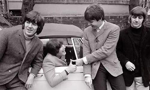Rock Stars' Cars/摇滚大咖们都开什么车?