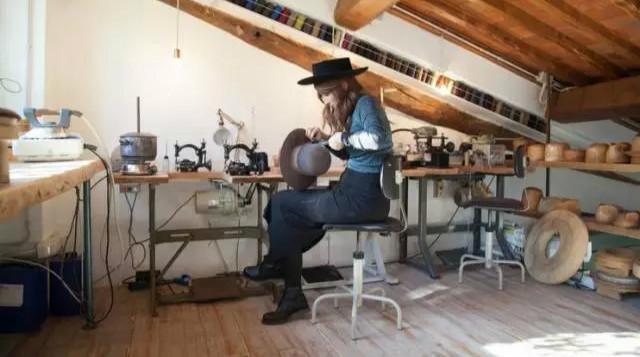 佛罗伦萨的帽子工作室/佛罗伦萨的帽子工作室