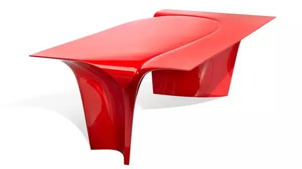 扎哈最后一件设计亮相米兰国际家具展/扎哈最后一件设计亮相米兰国际家具