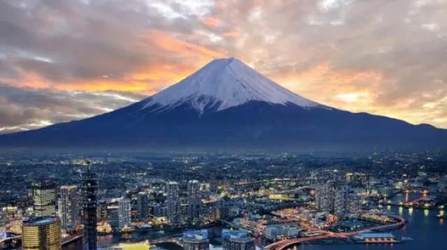 在东京,这个地方可能比新宿还要酷/在东京,这个地方可能比新宿还要酷