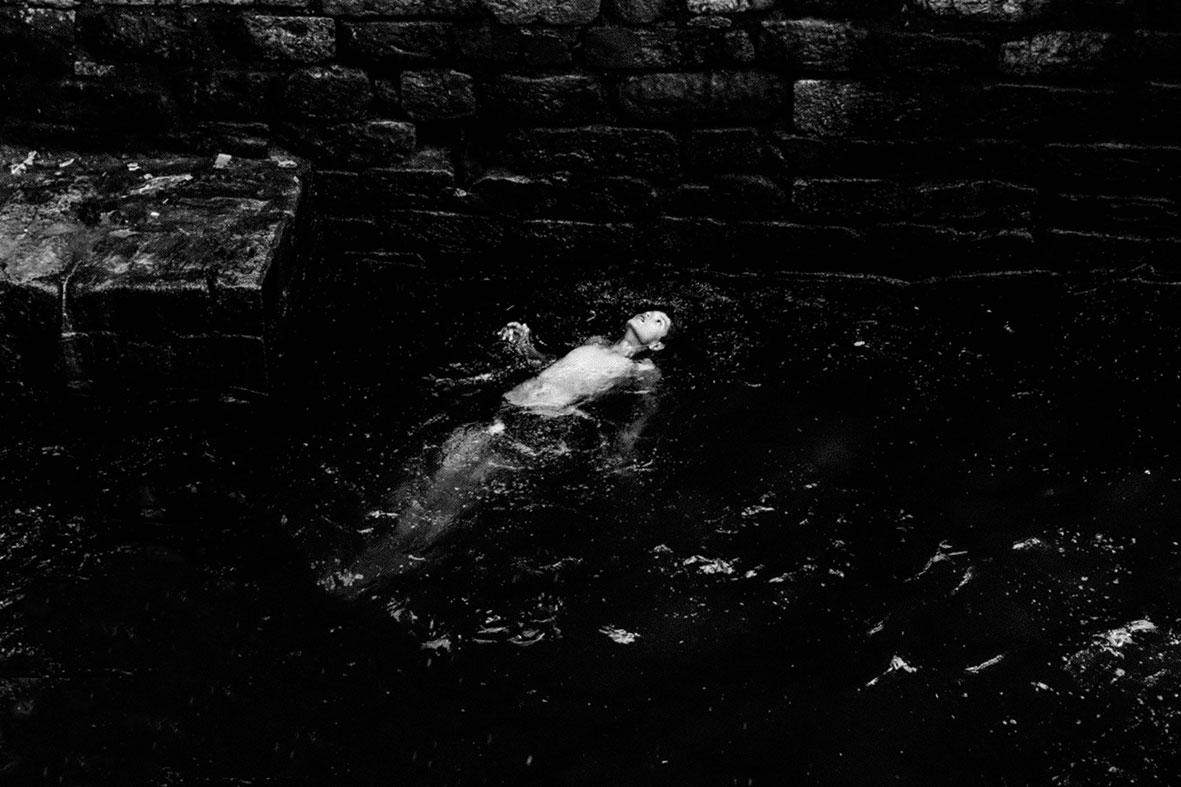 探访印度 黑白写实组照二   深入印度的纪实影像作品