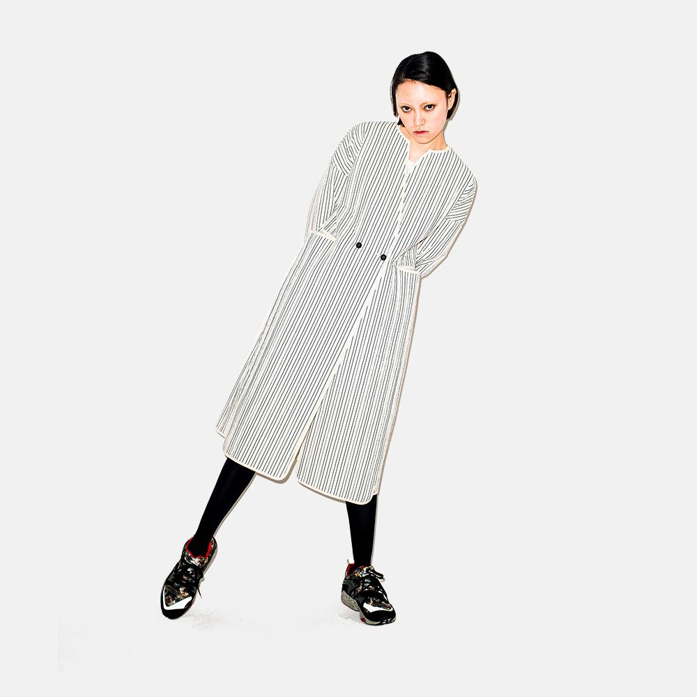 秋冬系列 黑白细条全长棉衣