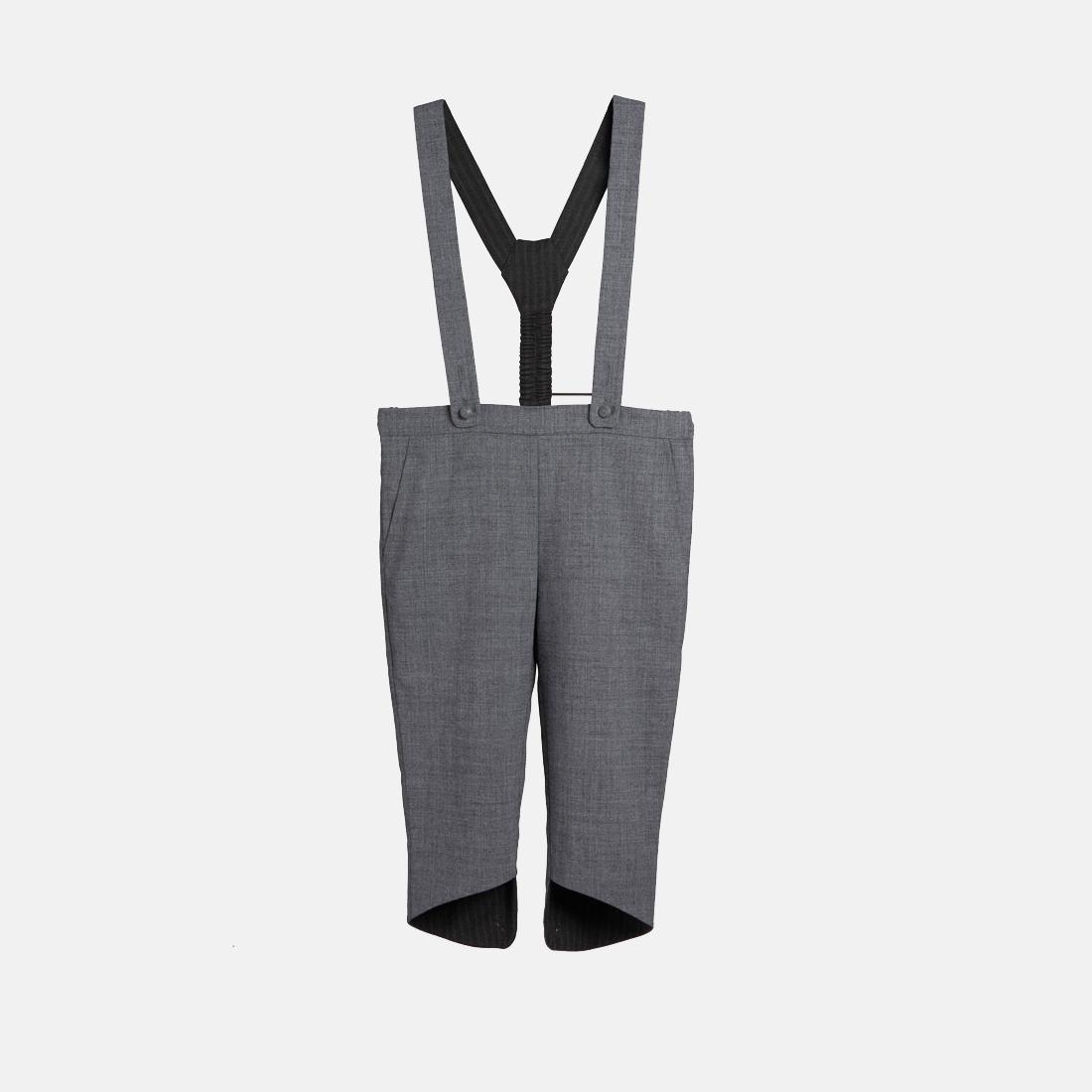 灰色背带裤