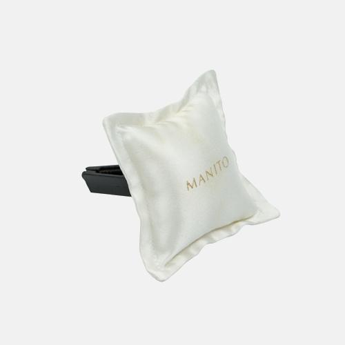 100%桑蚕丝车载香包   繁复烫金烫银工艺 质感高级